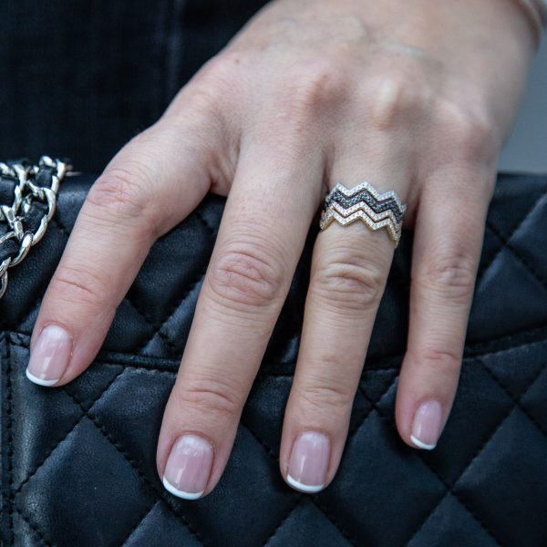 ZIGZAG STACKING RINGS